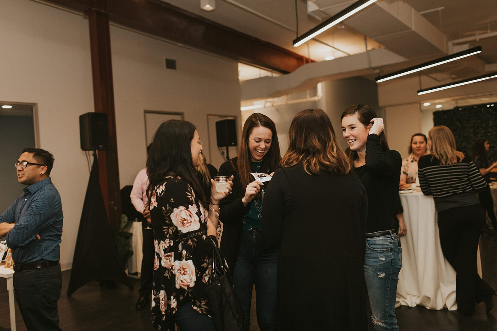 How cute are these photographs taken by Shelly Pate Photography at the District Bliss Vendor Social at The Gallery at Elevate
