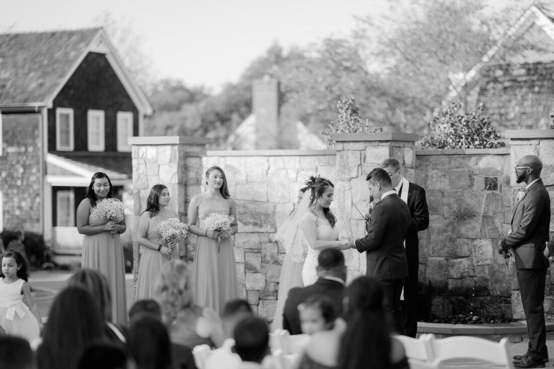 Kentlands Mansion in Gaithersburg, MD, is the perfect location for a romantic wedding
