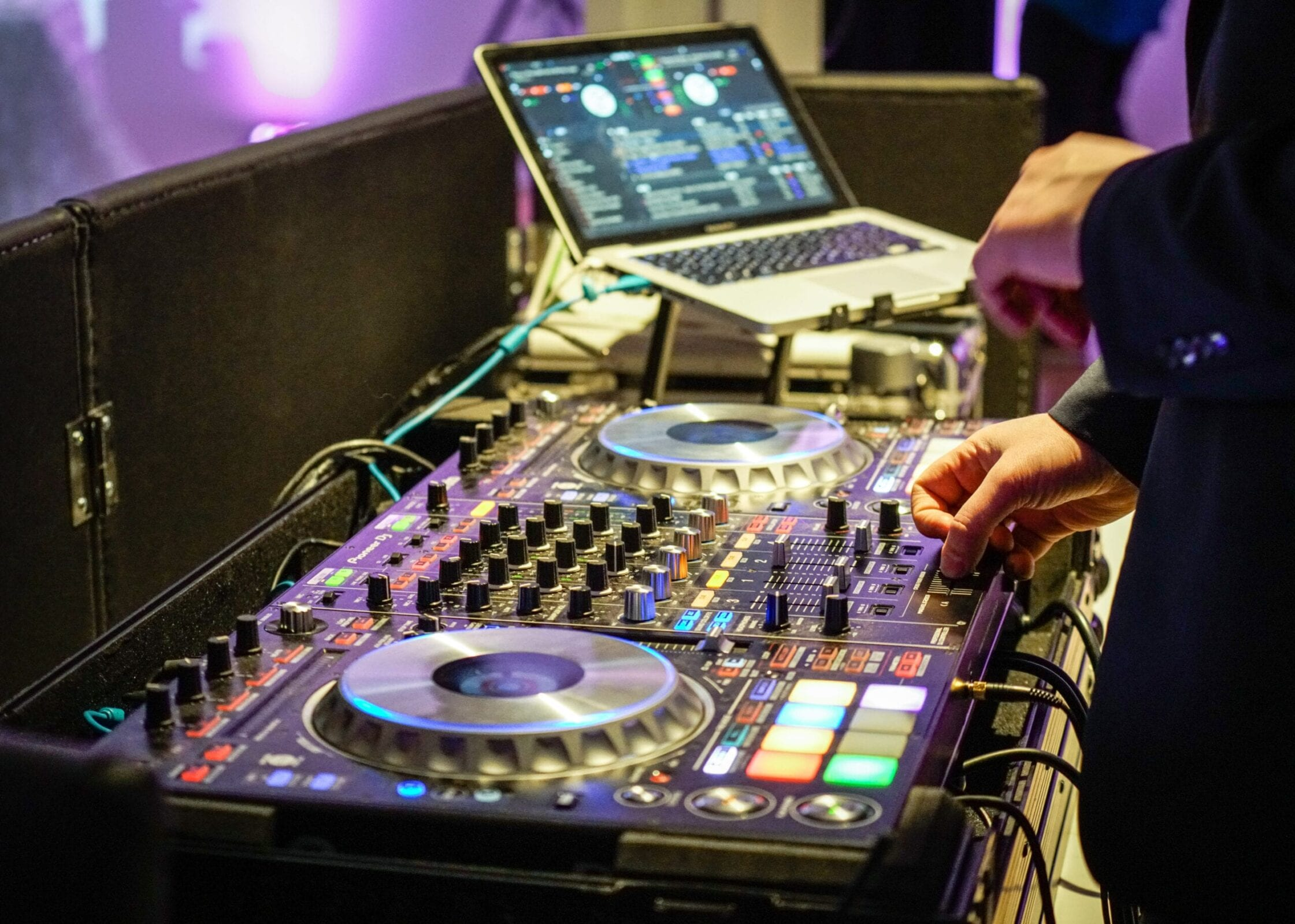 Bela Sono was the DJ for the District Bliss Vendor Social, a light-hearted, welcoming, casual networking event
